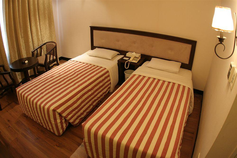 Jamsil Tourist Hotel, Gwang-jin