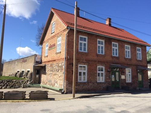 Aasa Kulalistemaja, Viljandi