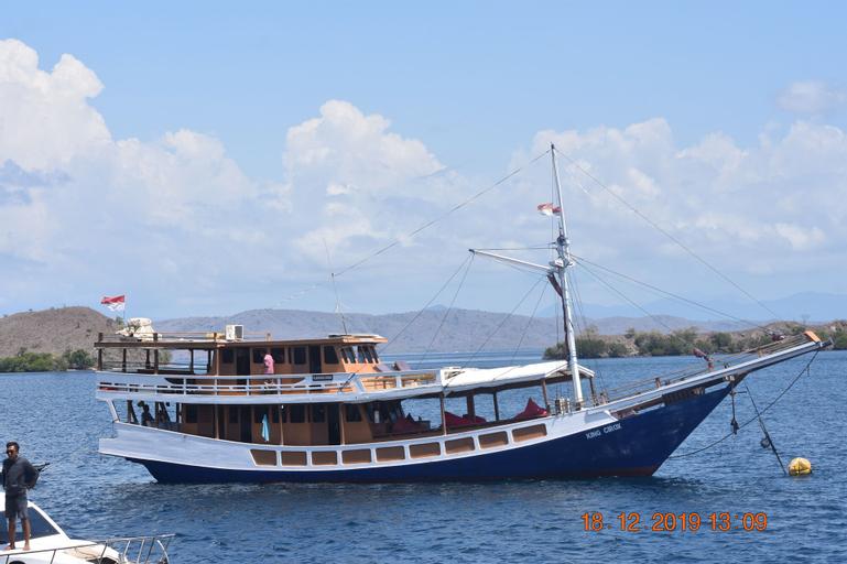 Komodo Cruise Boat, Manggarai Barat