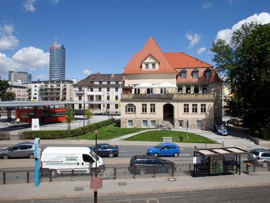 Hotel am Paradies, Jena
