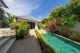 Relaxing days in two Bedroom Villa Uluwatu, Badung