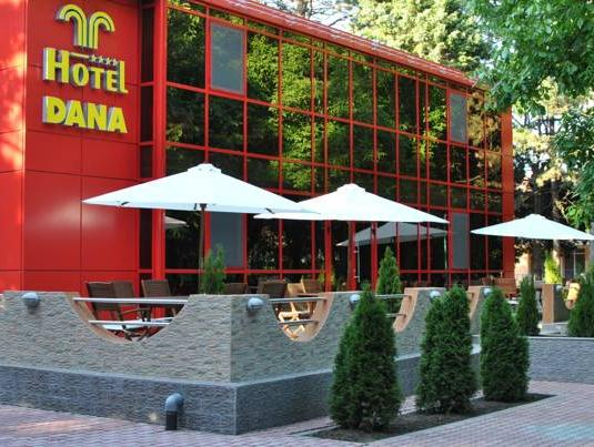 Hotel Dana, Amara