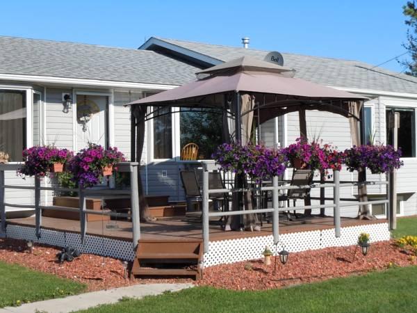 Krusi Retreat Bed & Breakfast Vacation Home, Division No. 8