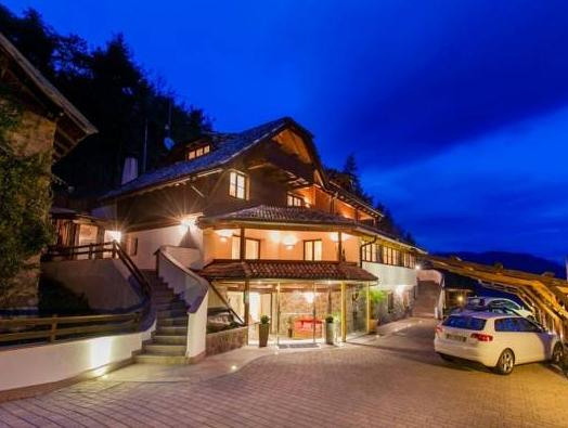 Chalet Grumer Suites&Spa, Bolzano