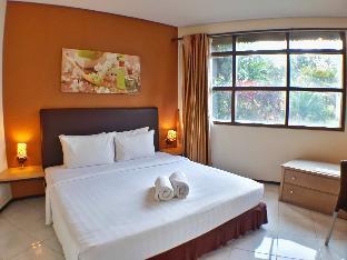 Villa 4 kamar Klub Bunga Resort dekat Jatim Park, Malang