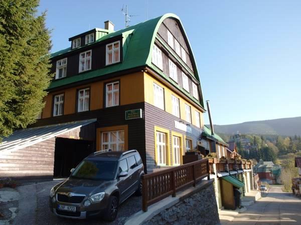 Hotel Svatý Hubert, Trutnov