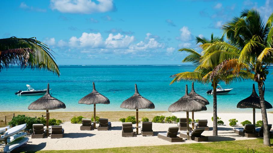 Paradise Beach by Horizon Holidays,