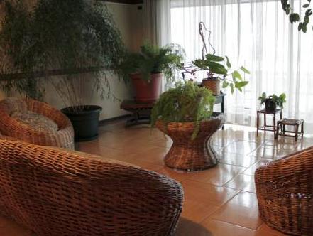 Hotel Nicolas, Cautín