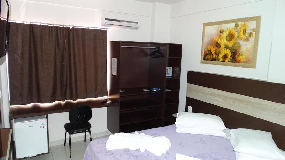 La Vitre Hotel, Jataí
