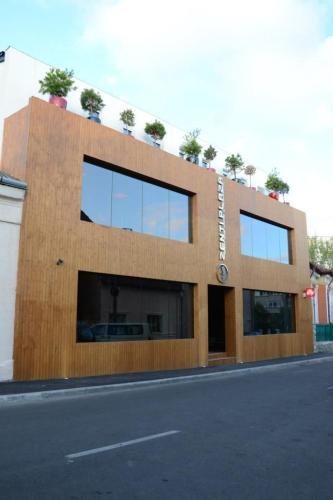 Zenti Plaza Hotel, Drobeta-turnu Severin