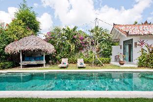 Villa Papaya Three Bedroom Family Villa in Bingin, Badung