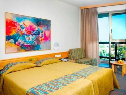 Shefayim Kibbutz Hotel by KHC,
