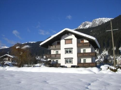 Ferienwohnungen/Holiday Apartments Lederer, Hermagor