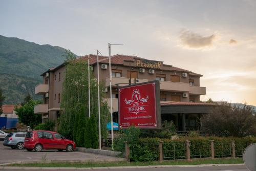 Hotel Perjanik,