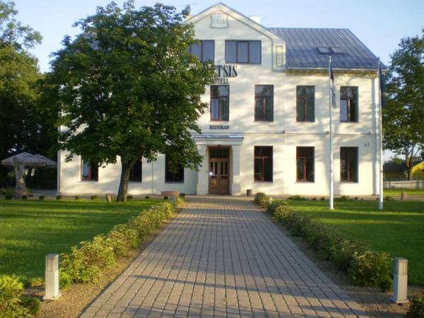 Hotel Metsis, Valga