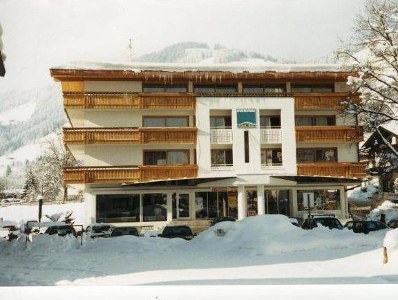 Apartmenthaus Brixen & Haus Central, Kitzbühel