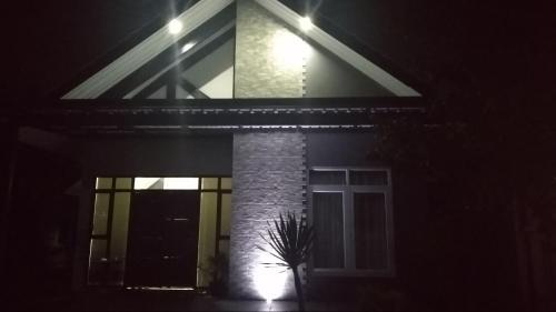 Madani Guesthouse 3 BR House, Sleman