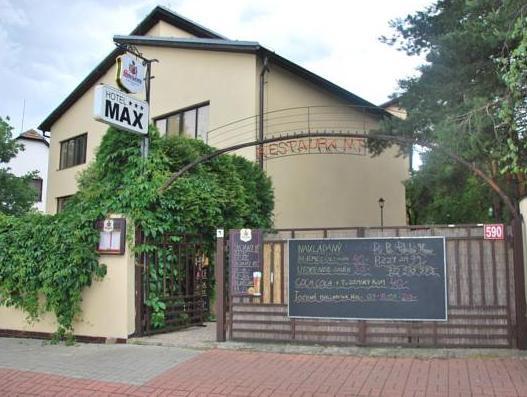 Hotel Max, Praha 14