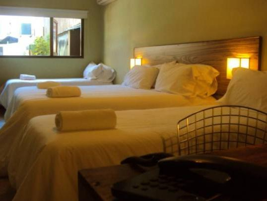CZ Hotel, Ituzaingó