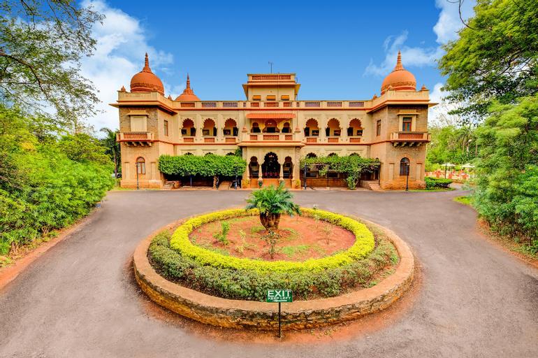 WelcomHeritage Shivavilas Palace, HAMPI, Bellary