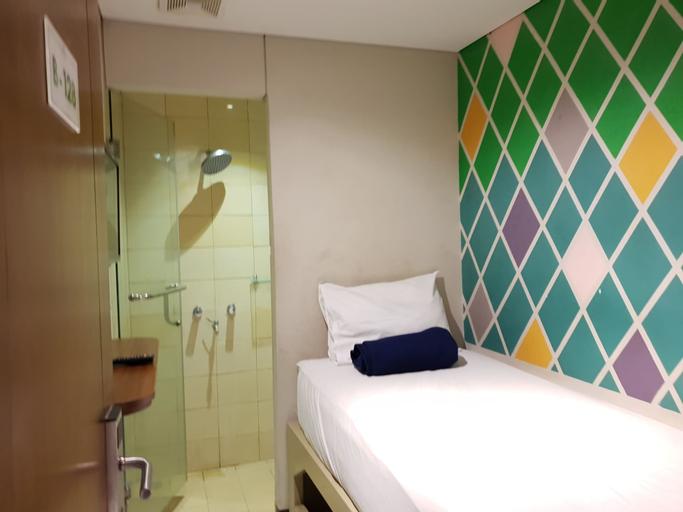 Subwow Hostels, Bandung