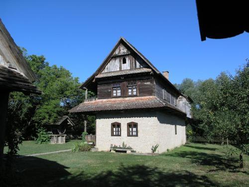 Ethno Village Stara Lonja, Sisak