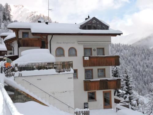 Haus Bergkristall, Inn