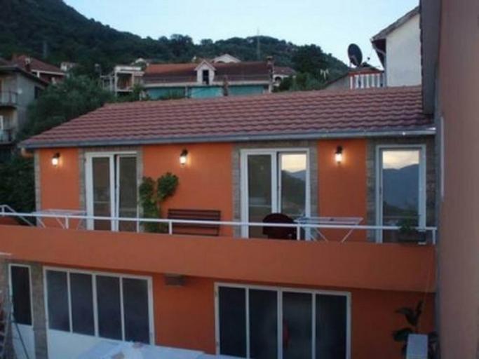 Matkovic Apartments,