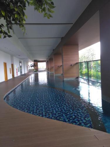 capitol suites room 508, Central Jakarta