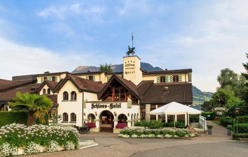 Schloss-Hotel – Swiss-Chalet Merlischachen, Küssnacht