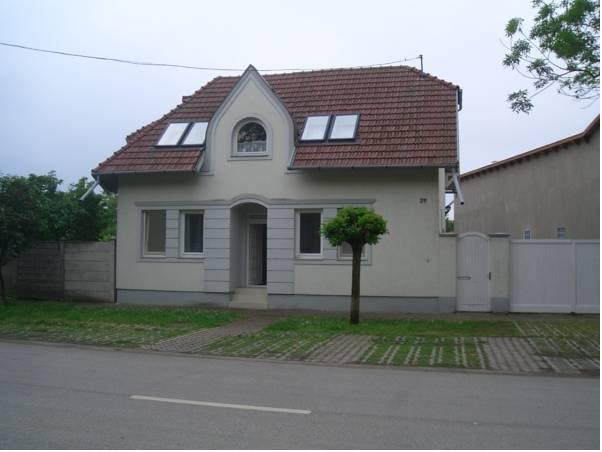 Apartments-Mini-Hotel, Csongrádi