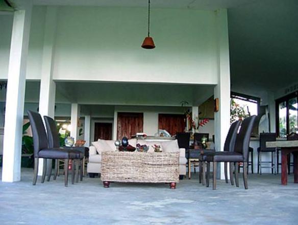 El Hotelito at The Rainforest Experience Farm,