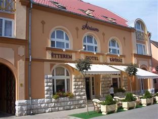 Atrium Hotel Harkany, Siklósi
