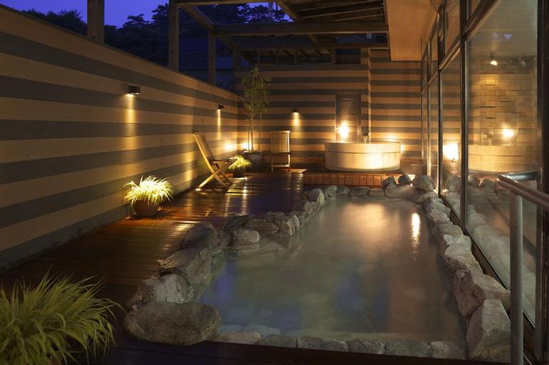 Kusatsu Onsen Hotel Takamatsu, Kusatsu