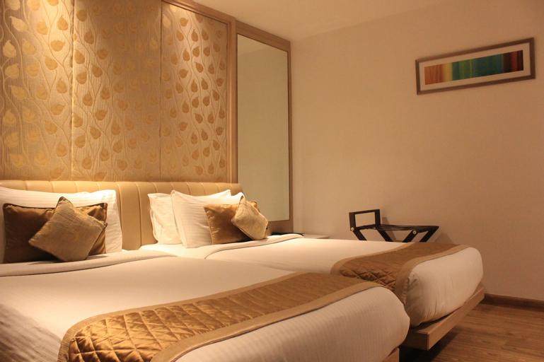 Hotel Swati, West
