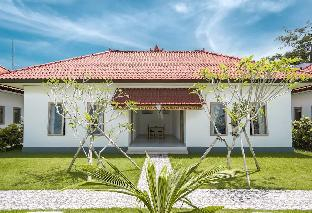 Teges Asri-Bingin Sunny with Green Lawn & Pool #4, Badung