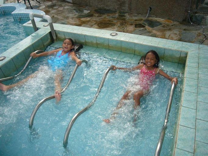 Airai Water Paradise Hotel  Spa,