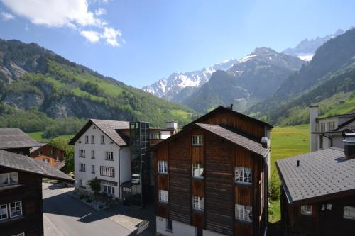 Hotel Elmer, Glarus