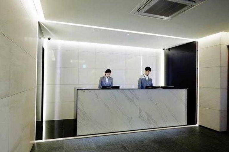 Floral Hotel ShinShin, Jung