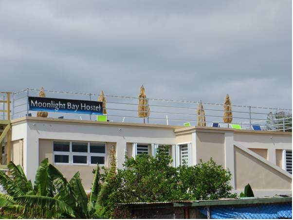 Moonlight Bay Hostel,