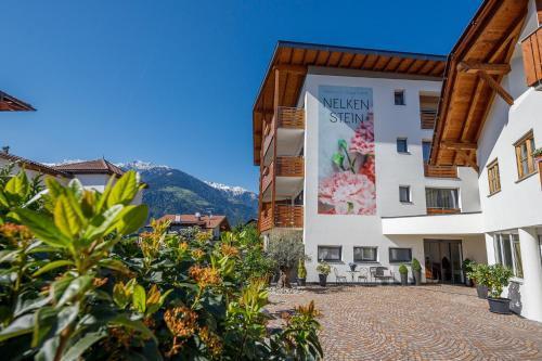 Residence Apartment Nelkenstein, Bolzano