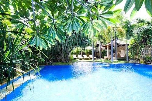 Pazzo Bali, Karangasem
