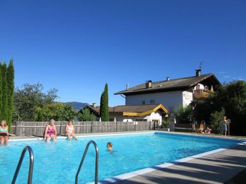 Residence Ferienwohnungen Sonnegg, Bolzano