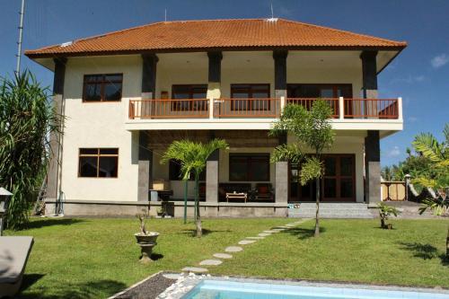 House 99 A, Gianyar