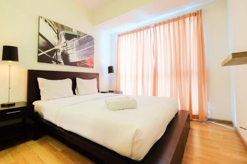 Homey 2BR Apartment @ Casa Grande Residence By Travelio, South Jakarta