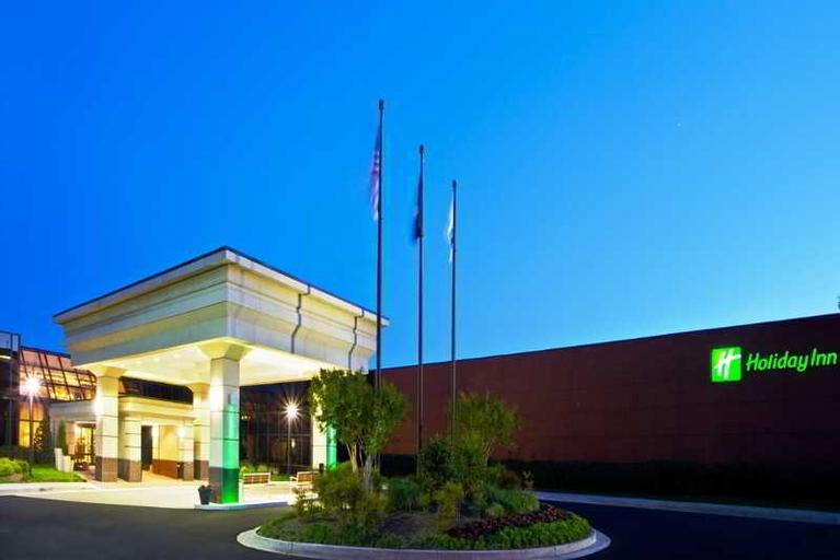Holiday Inn Dulles International Airport, Loudoun
