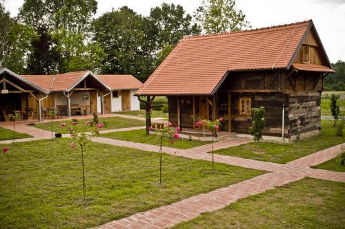 Ekoetno Selo Strug, Novska