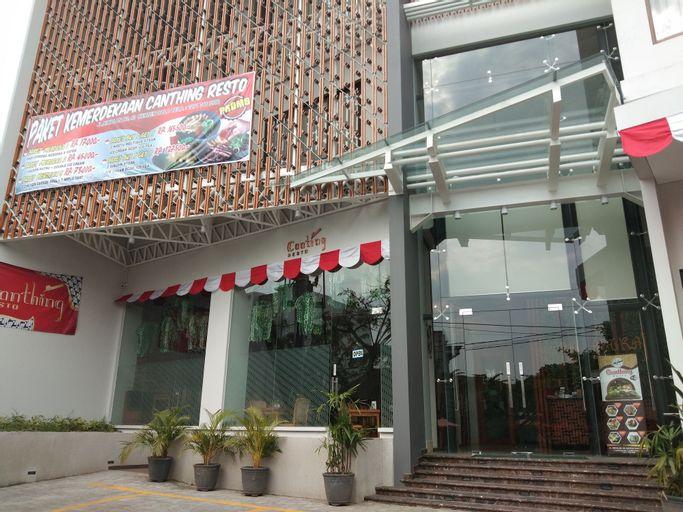 Parangraja Hotel, Solo