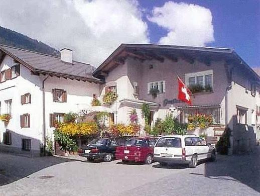 Hotel Weisses Kreuz, Hinterrhein