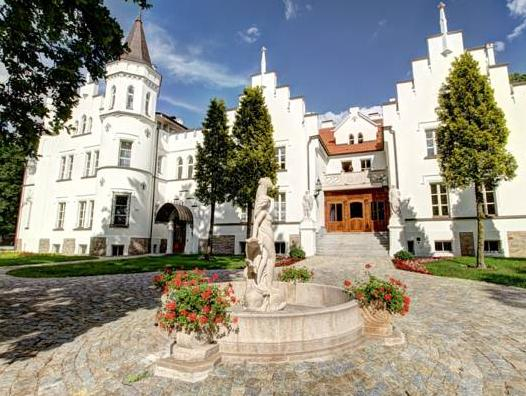 Palac Sulislaw, Brzeg